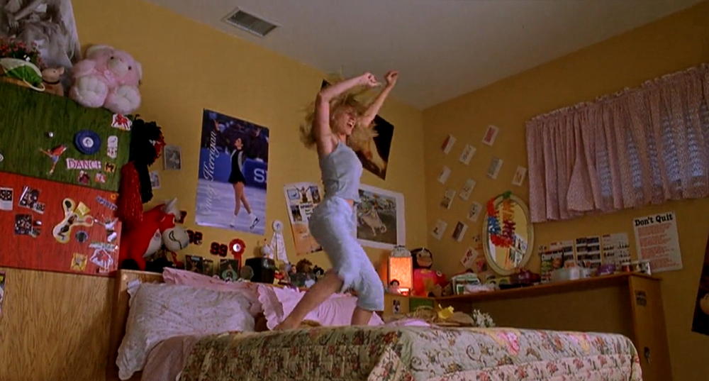 This Tumblr Is An Ode To Teen Girl Movie Bedrooms And We Love It Hellogiggles