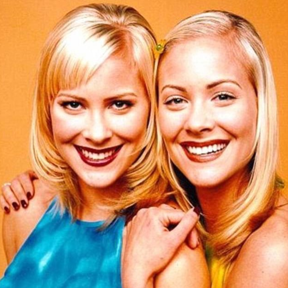 A Sweet Valley High Movie Is Coming And The Woman Behind Legally Blonde Is Writing It Hellogiggles