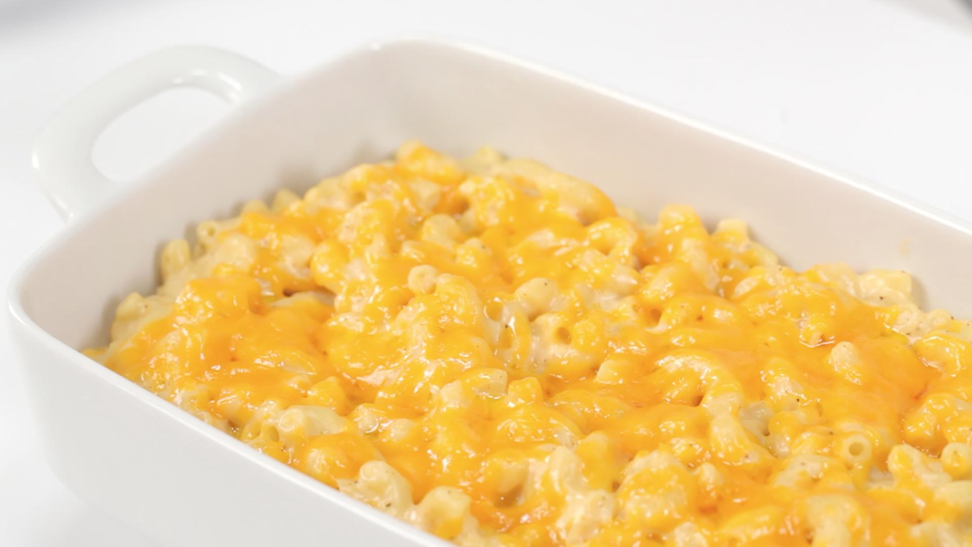 Classic Baked Macaroni And Cheese Recipe Myrecipes