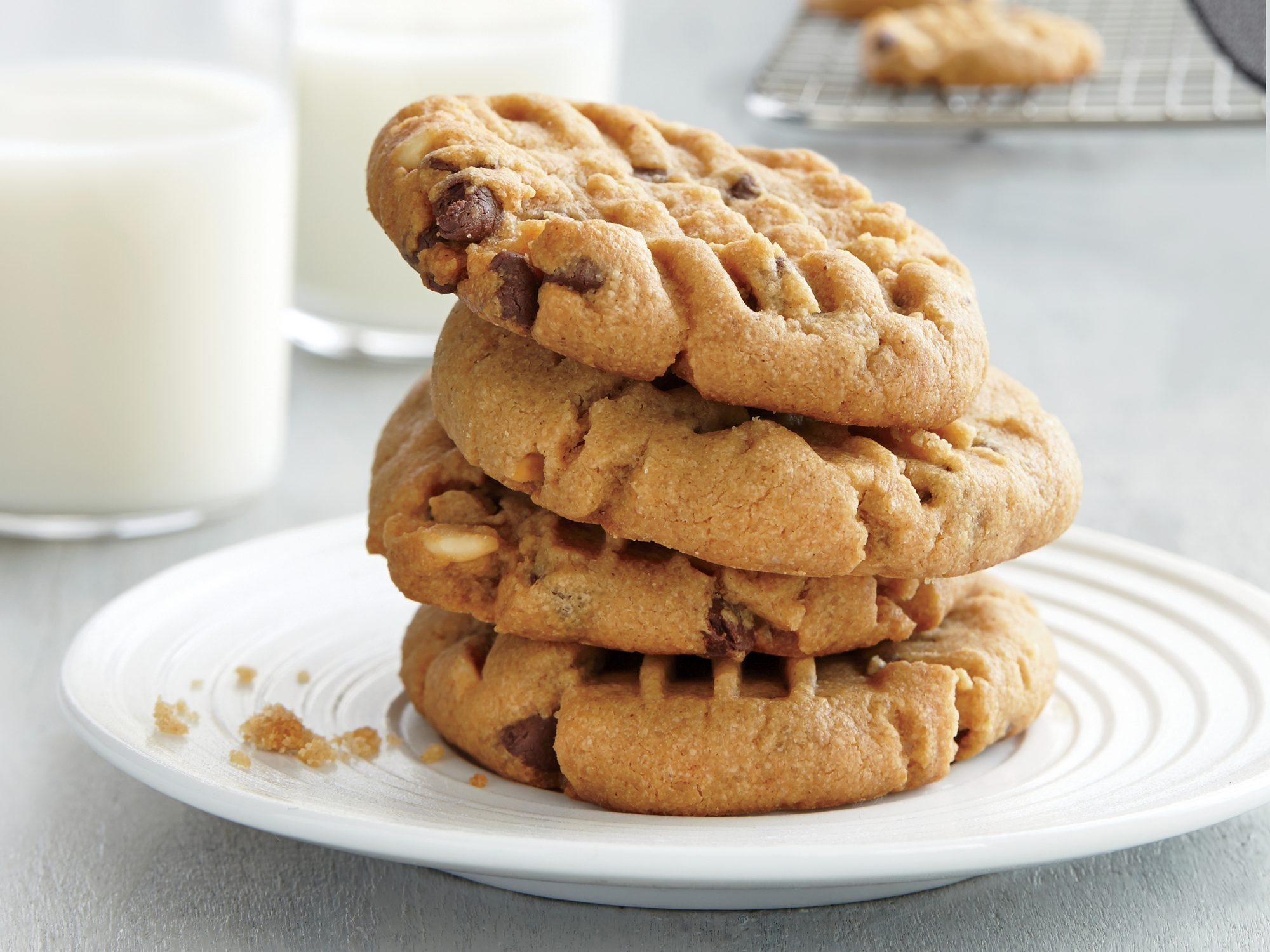 Gluten Free Peanut Butter Chocolate Chip Cookies Recipe Myrecipes