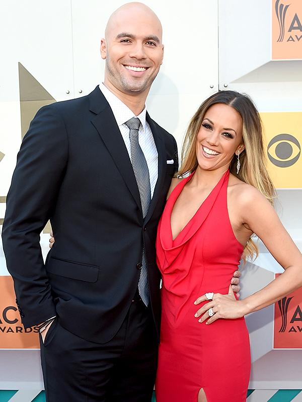 Jana Kramer, 전 Mike Caussin, 불신앙으로 인해 헤어지기 몇 주 전 'Swore There was Nothing'