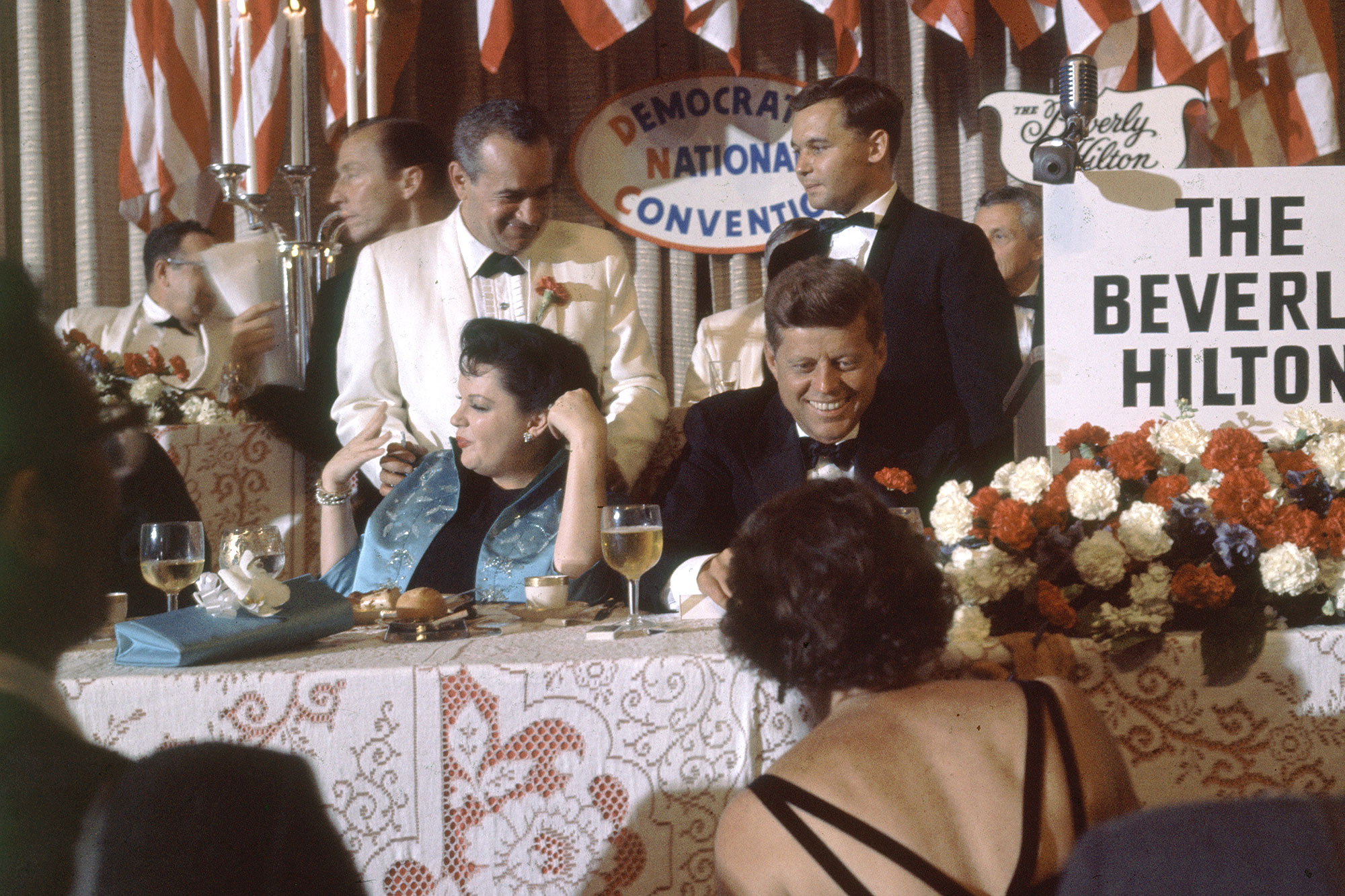 JUDY GARLAND with PRESIDENT JOHN F KENNEDY at Dinner PHOTO