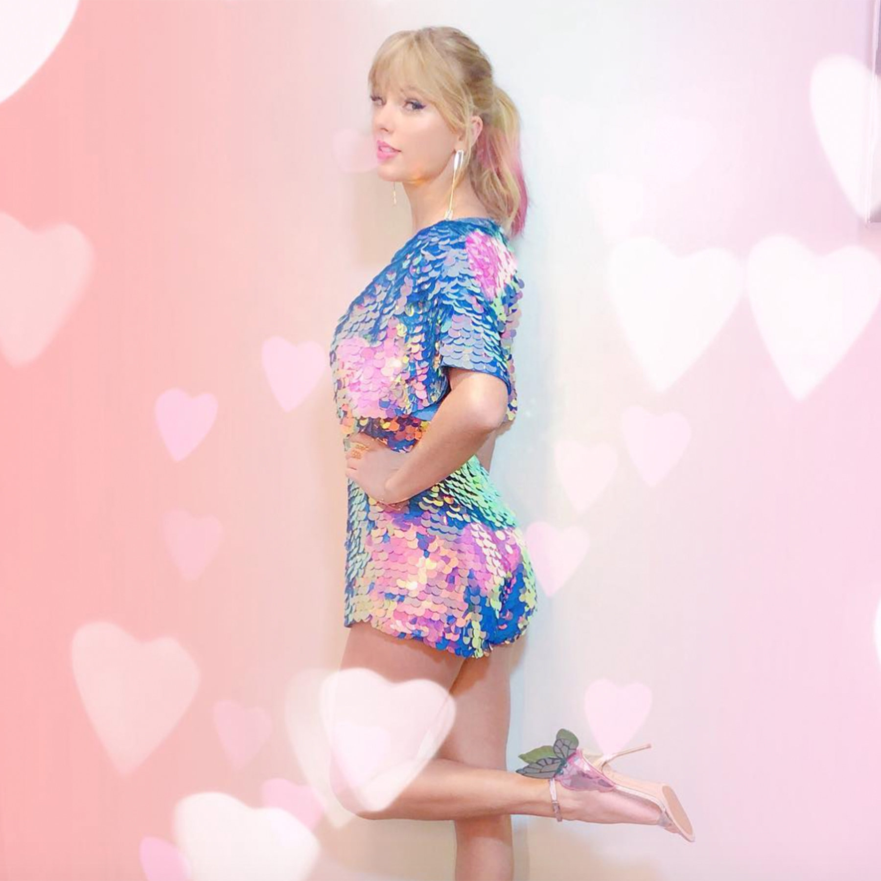 Taylor Swift Continues To Tease New Music All The Signs That Songs Are Coming People Com