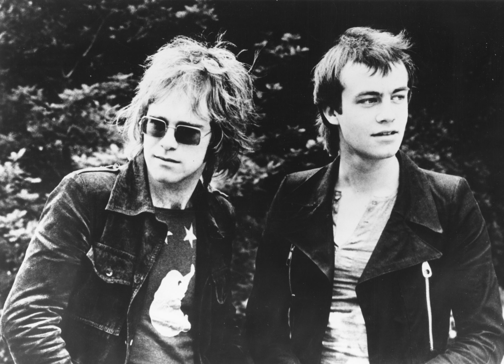 Bernie Taupin Recalls The Early Days Of His Musical Partnership With Elton John People Com