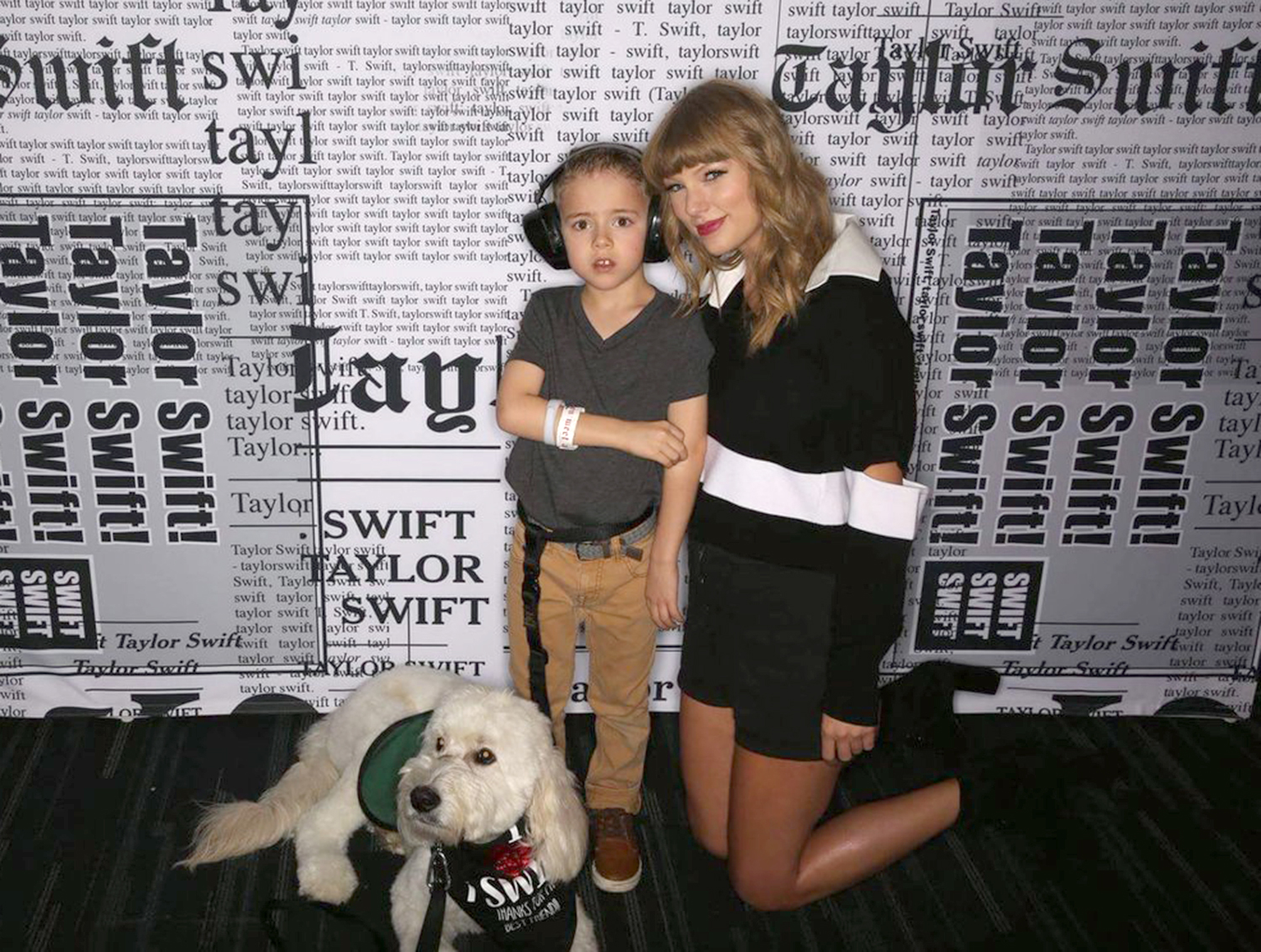 Taylor Swift Meets Boy She Helped Buy A Service Dog People Com