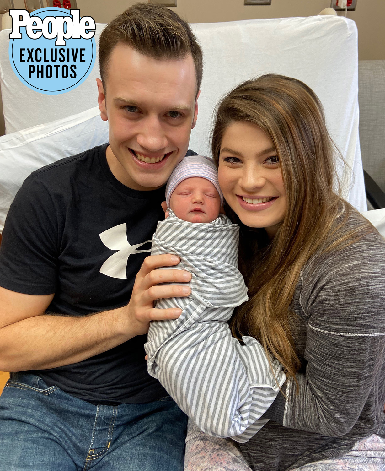 Being Up Bates Star Tori Bates 및 남편 Bobby Smith Welcome Son Kolter Gray