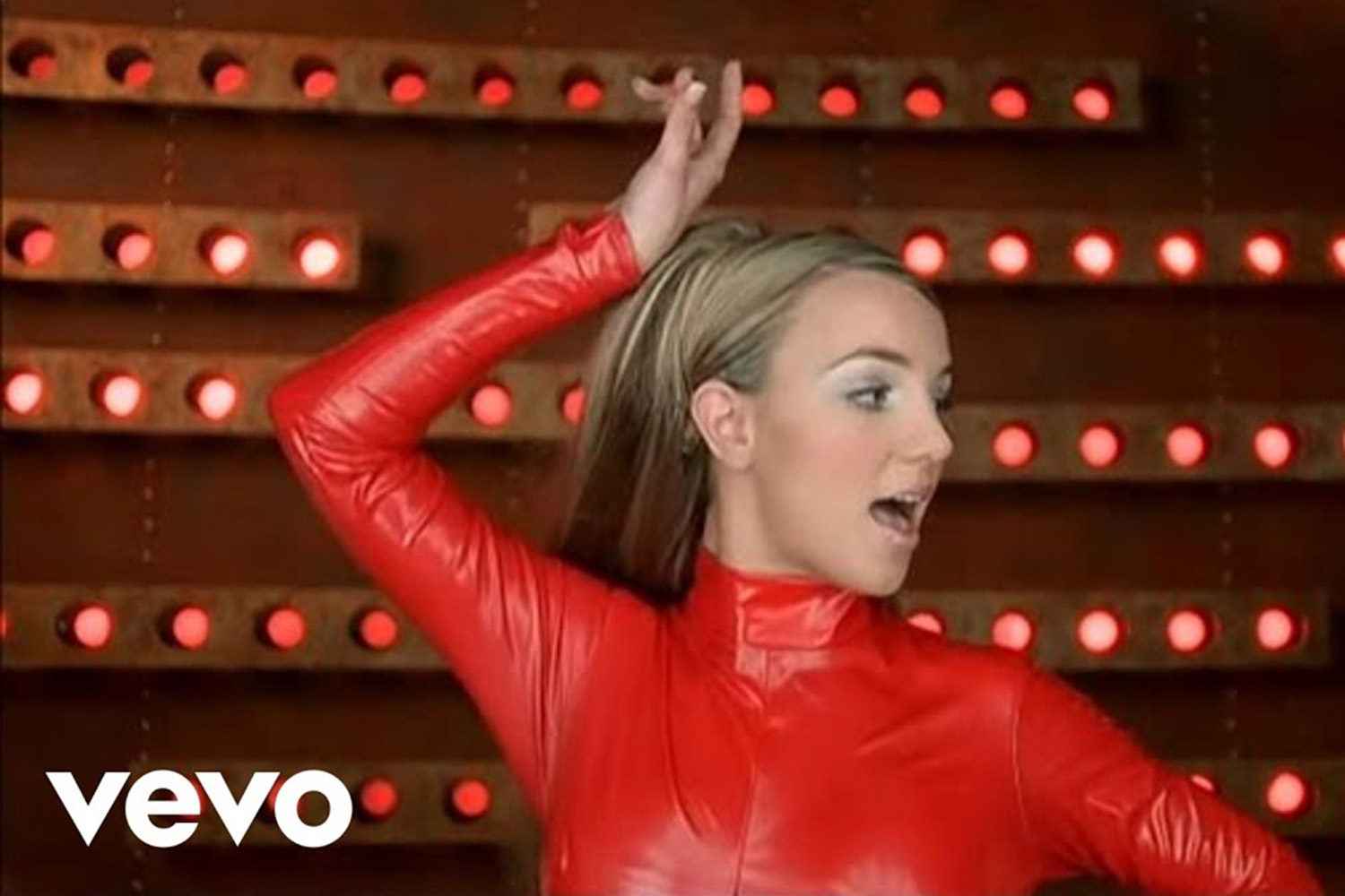 Britney Spears Celebrates 20th Anniversary Of Oops I Did It Again People Com