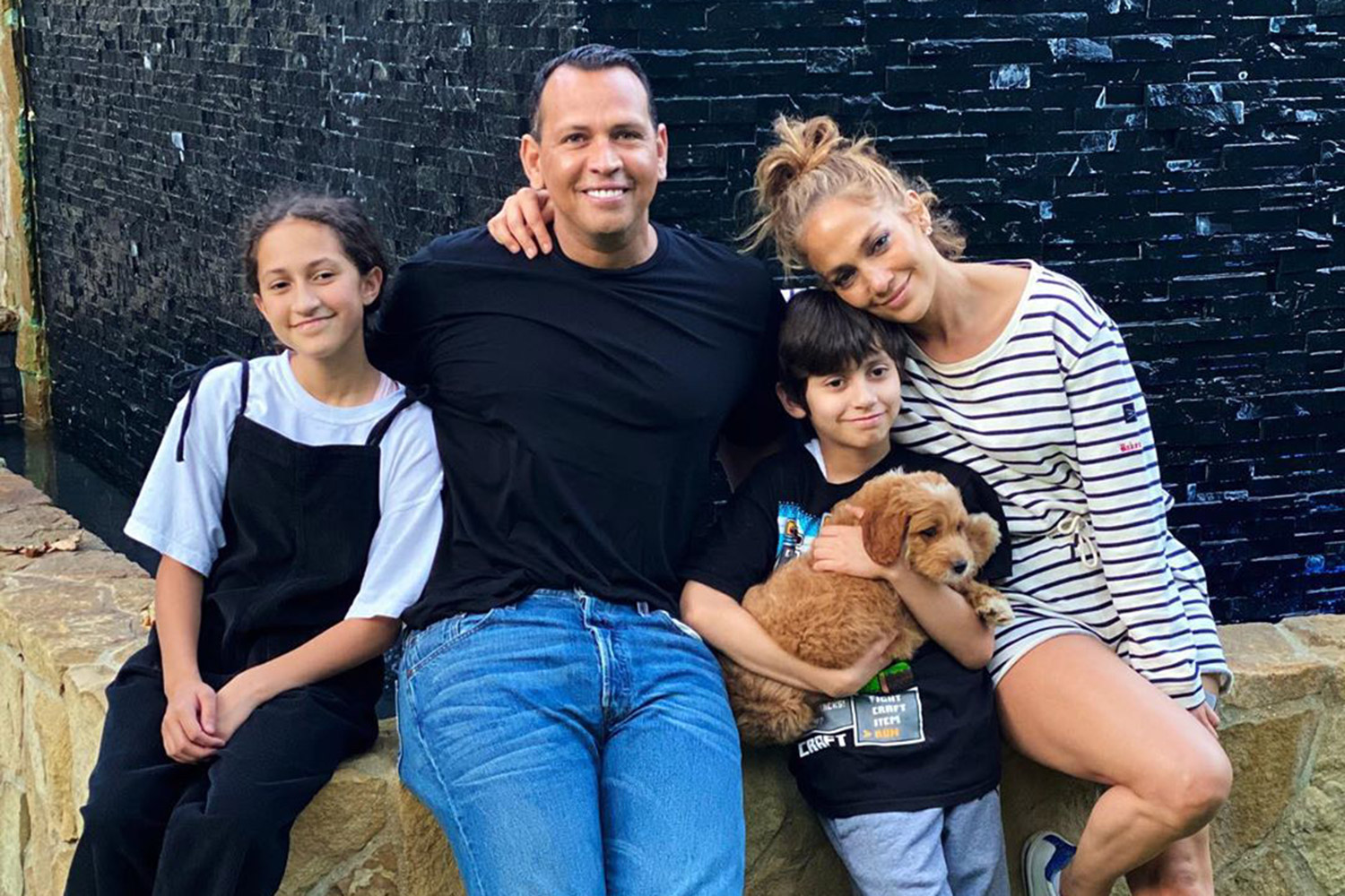 Alex Rodriguez Shares Photos With Jennifer Lopez And Kids On Thanksgiving People Com