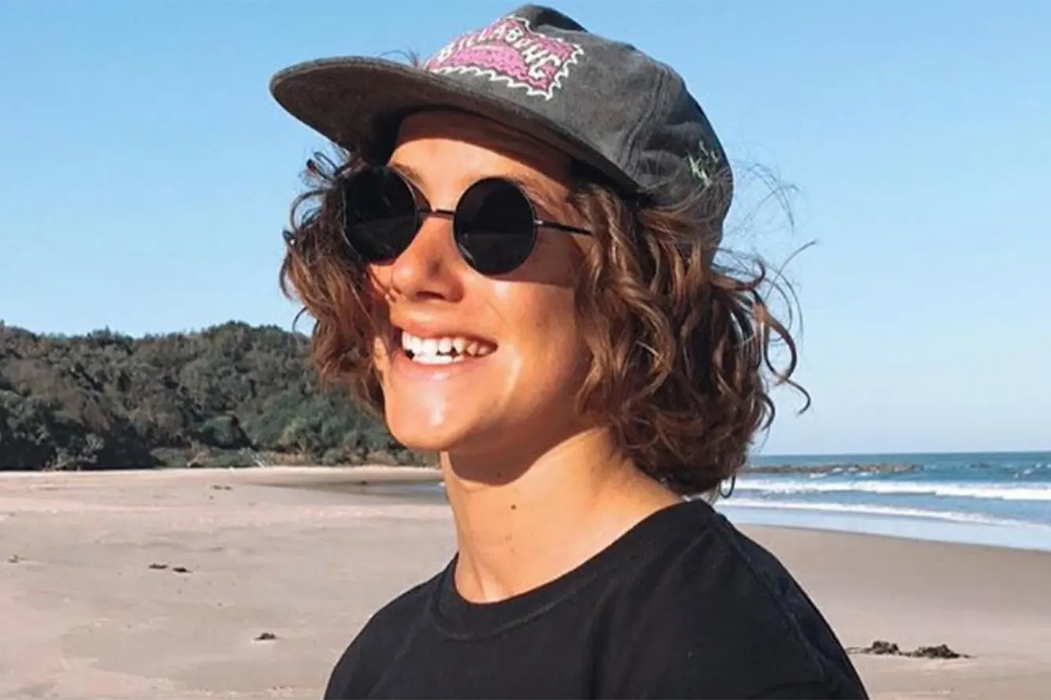 15 Year Old Surfer Mani Hart Deville Dies Of Shark Attack In Australia People Com