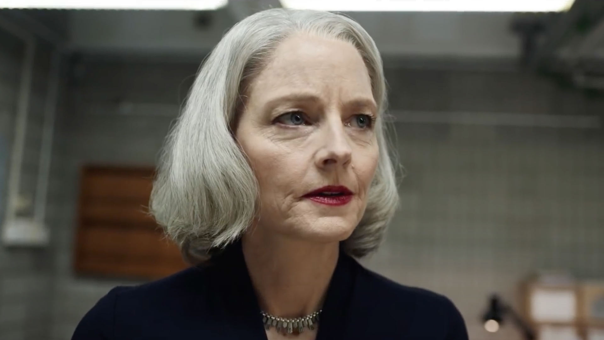 Jodie Foster Sports White Hair as a Defense Attorney in The Mauritanian Trailer에서