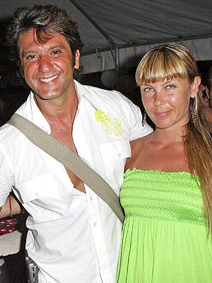 Bobby Larios y Daniela Mogetti