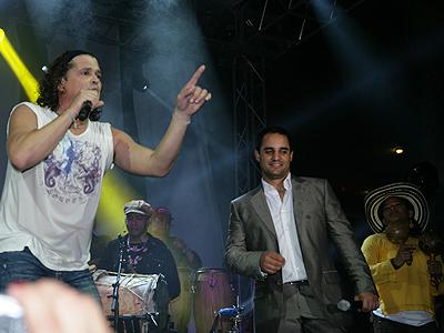 Carlos Vives, Juan Pablo Montoya, Be Live