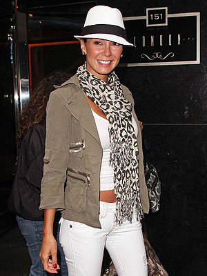 ELIZABETH GUTIERREZ, sombreros