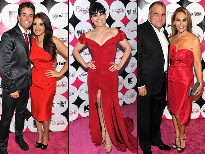 Maite Perroni, María Elena Salinas, Diana Reyes, Tendencias alfombra Bellos 2011