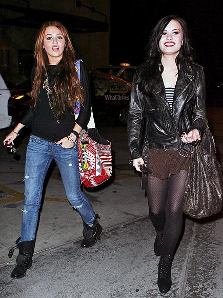 Demi Lovato, Miley Cyrus