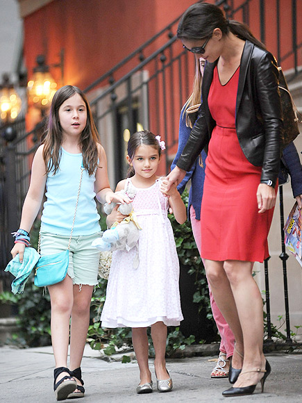 Suri Cruise, Katie Homes, Miralos