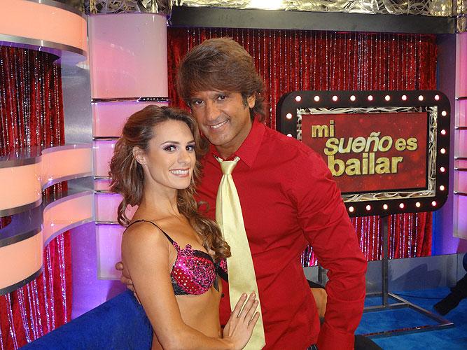 Melissa Pastrana, Bobby Larios, Mi sueño es bailar