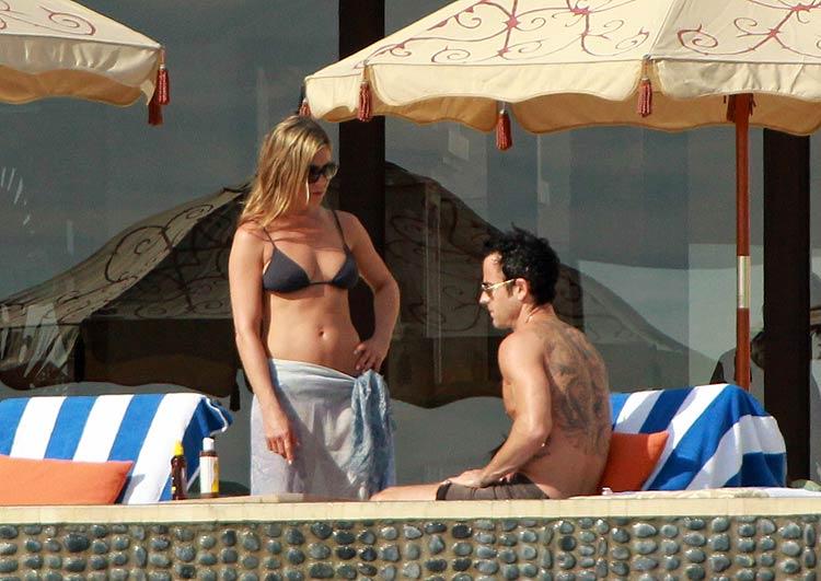 Jennifer Aniston y Justin Theroux, Los famosos escapan al frío