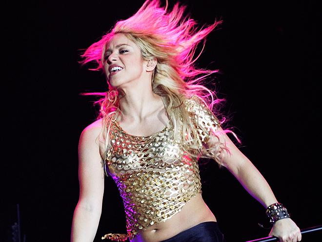 Shakira, Crossovers