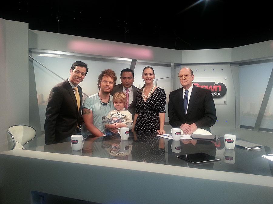 Andrés Cabas, Ricardo Brown, Míralos, Simón, Verónica Paysee, Luis Gerardo Núñez