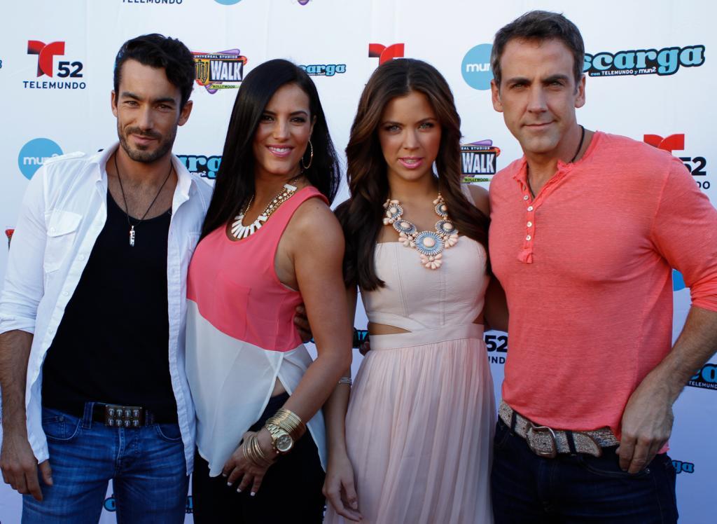 Santa Diabla, Aarón Díaz, Carlos Ponce, Ximena Duque, Gaby Espino