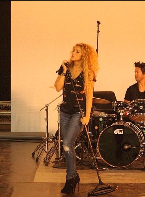 Shakira, Sin filtro