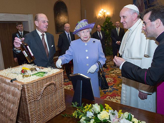 Papa Francisco, Reina Elizabeth II, Príncipe Philip, Míralos
