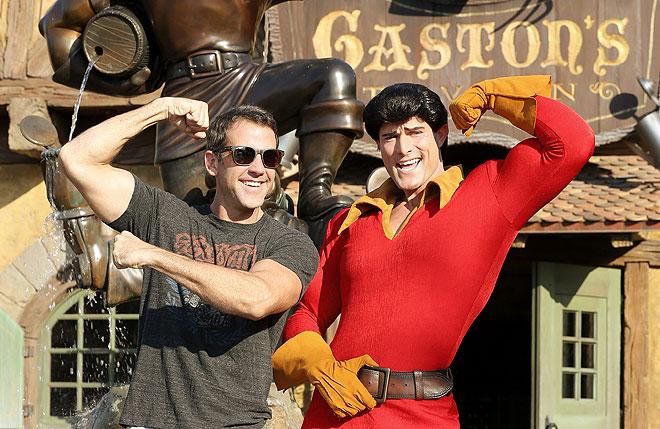 Carlos Ponce, Gaston, Disney