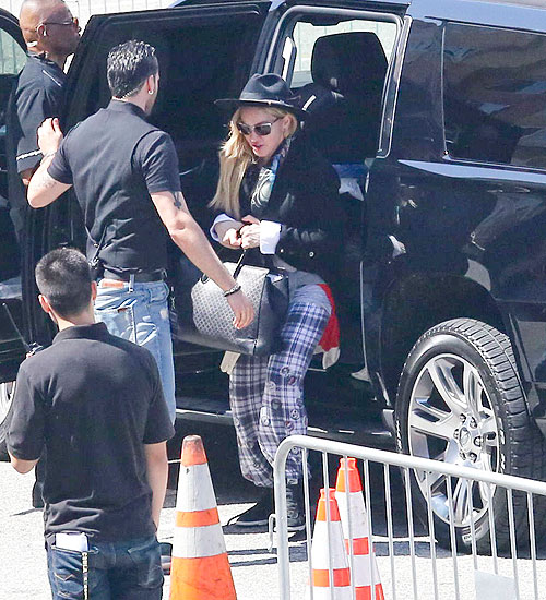 Madonna,Míralos