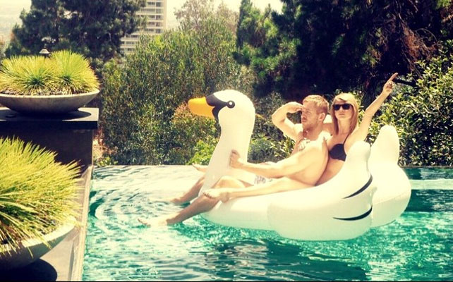 Calvin Harris y Taylor Swift para articulo