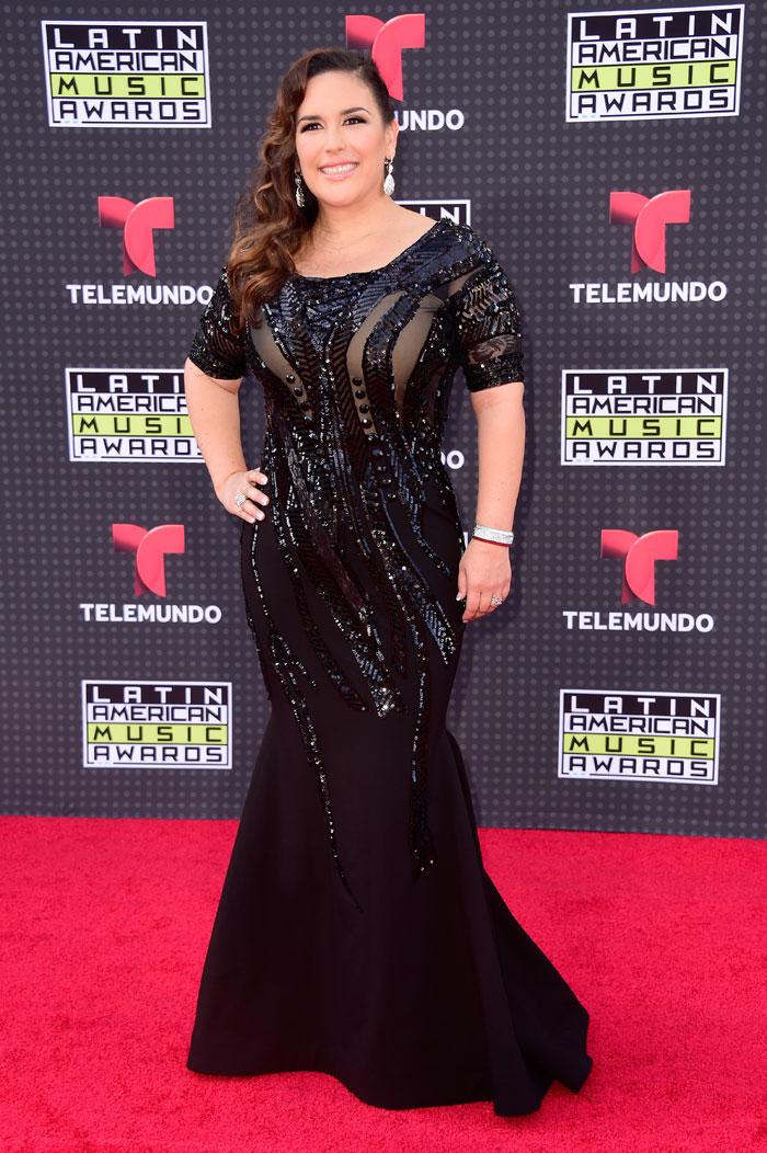 Latin American Music Awards 2015, Angélica Vale