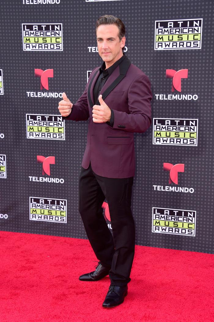 Latin American Music Awards 2015, Carlos Ponce