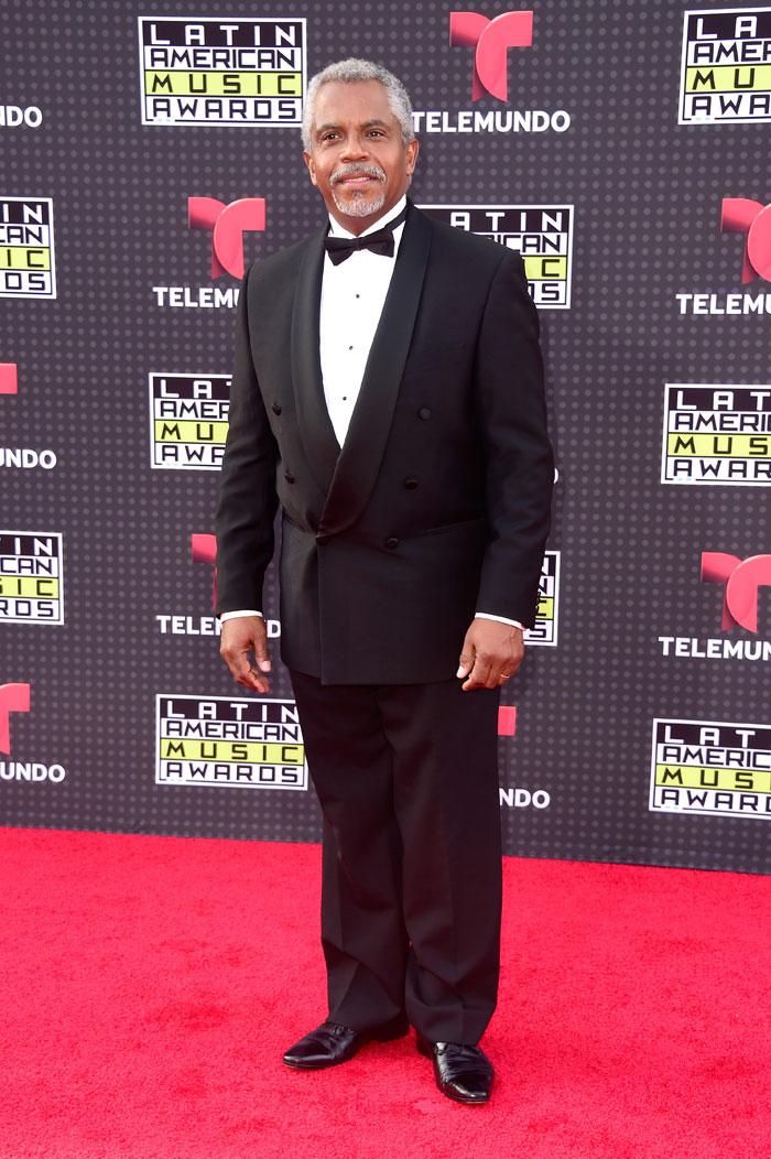 Latin American Music Awards 2015, Willie Denton