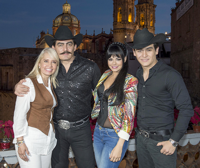 Carla Estrada, José Manuel Figueroa, Livia Brito y Julián Figueroa