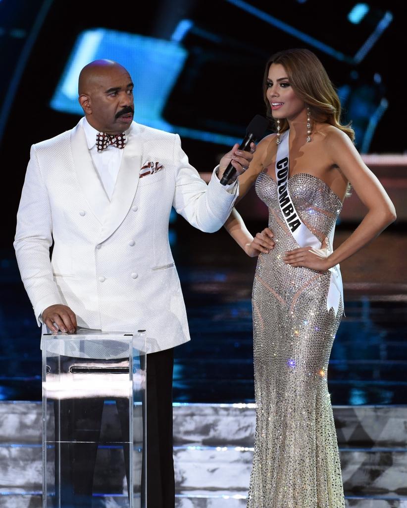 Steve Harvey y Miss Colombia, Ariadna Gutiérrez