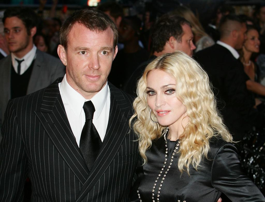 Guy Ritchie en desacuerdo con Madonna   People en Español