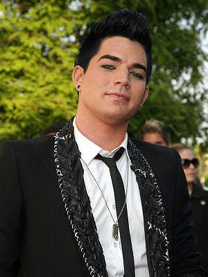 Adam Lambert, Closet