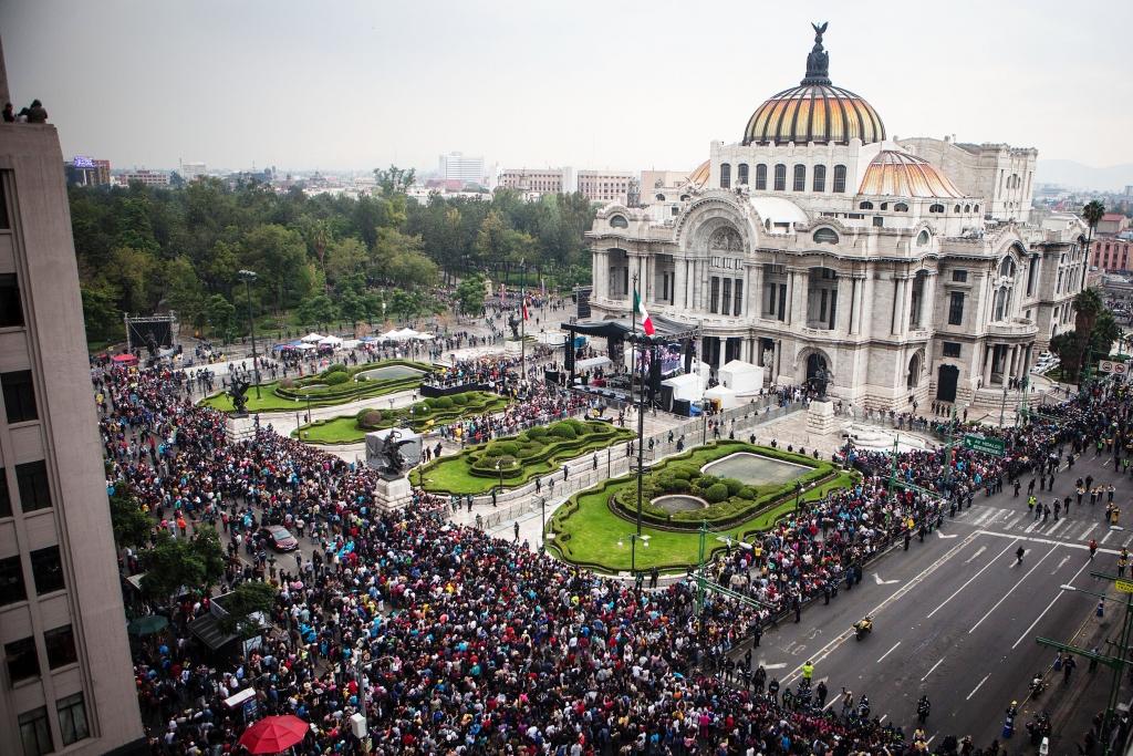 Homenaje de Juan Gabriel en El Palacio de Bellas Artes