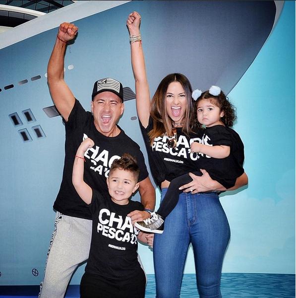 Jorge Bernal y su esposa Karla Birbragher con sus hijos Lucas Daniel y Kylie Rose