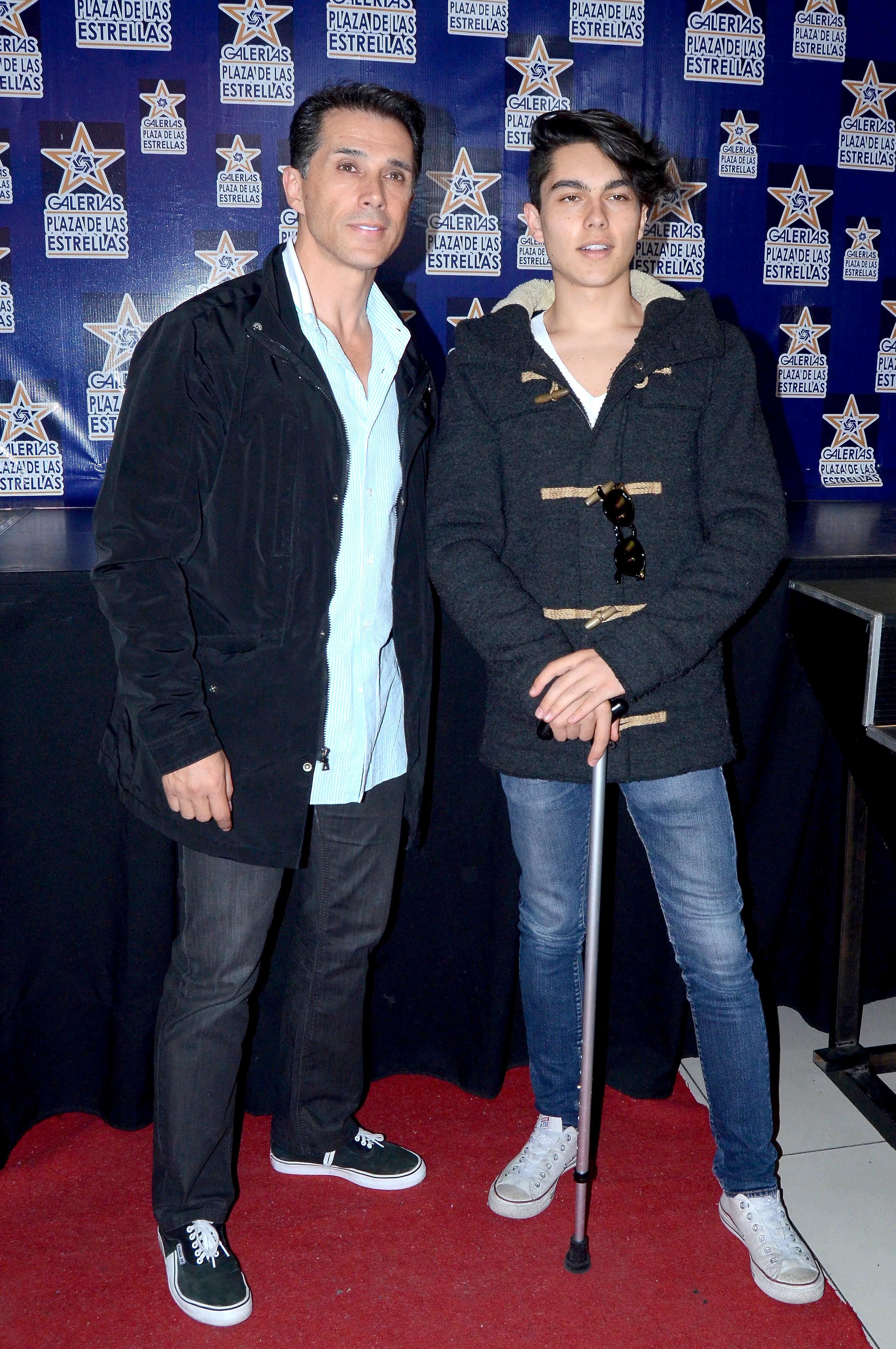 Sergio Mayer y su hijo Sergio Mayer Jr.