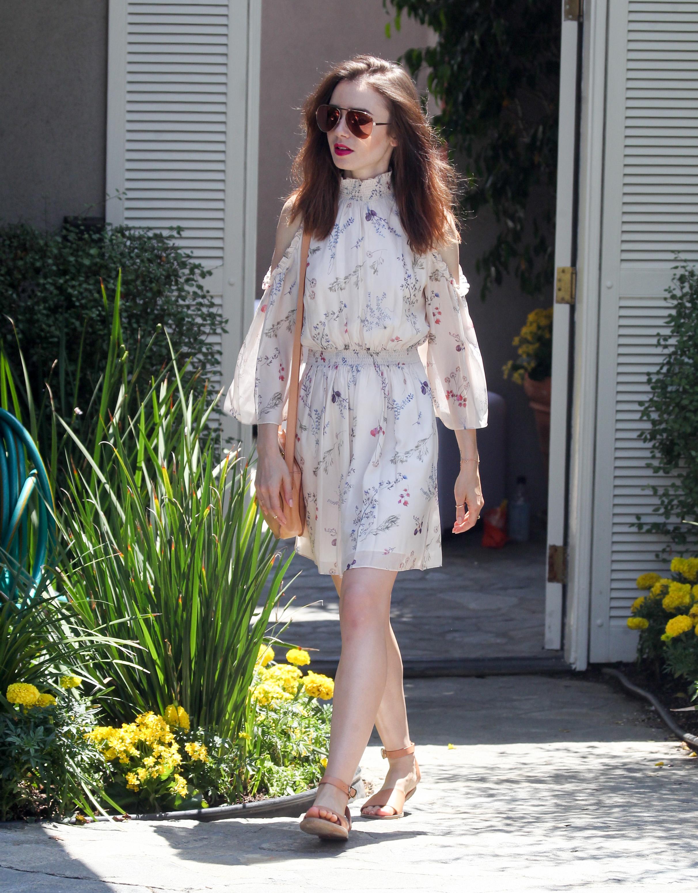 Lily Collins, looks, estilo
