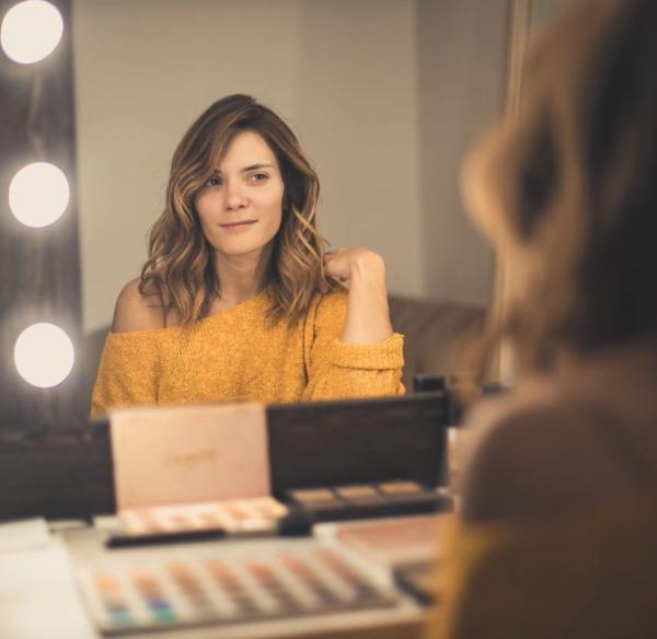 El Reto Sin Maquillaje De Las Famosas People En Español