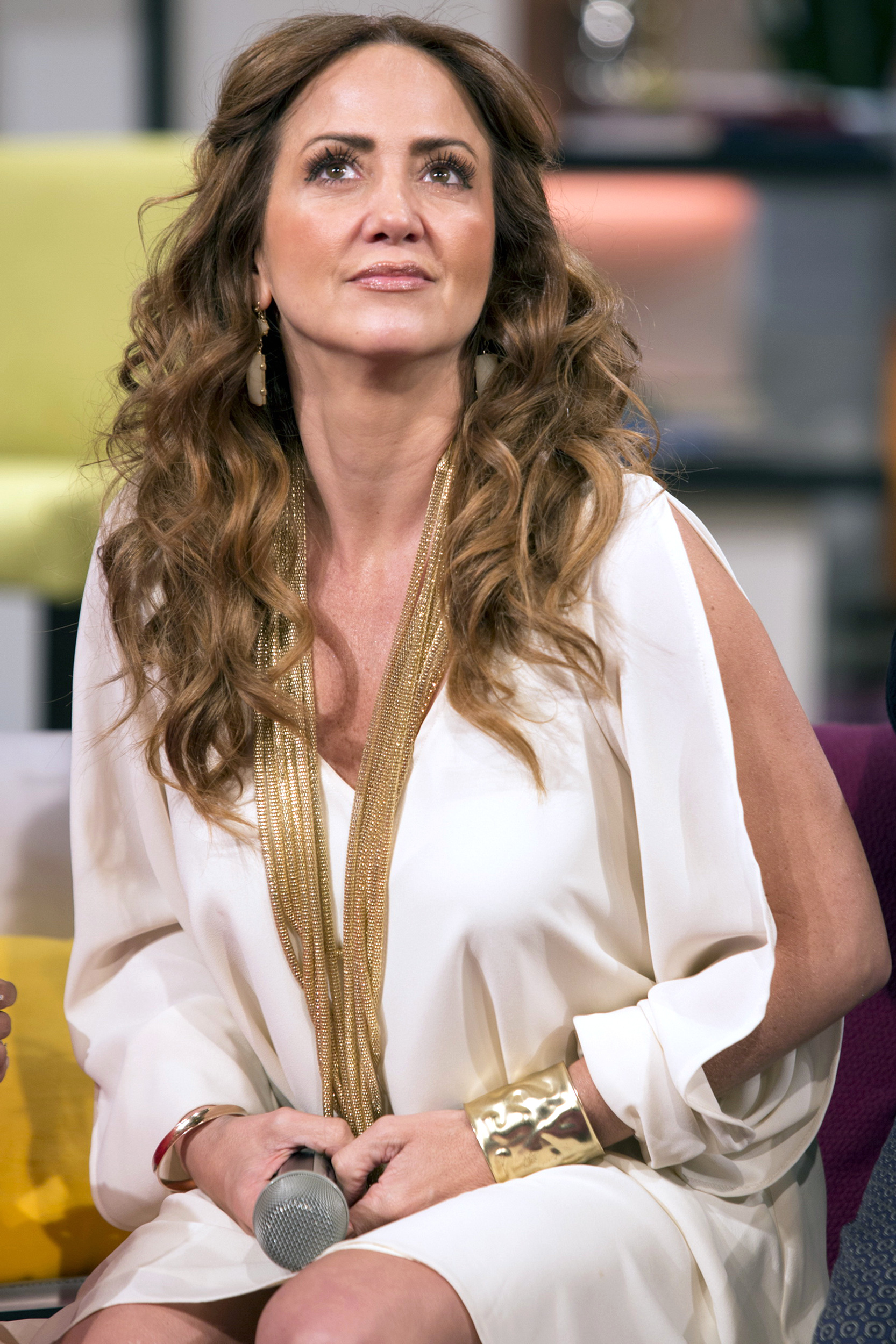 Andrea Legarreta Cojiendo el nuevo look de andrea legarreta | people en español