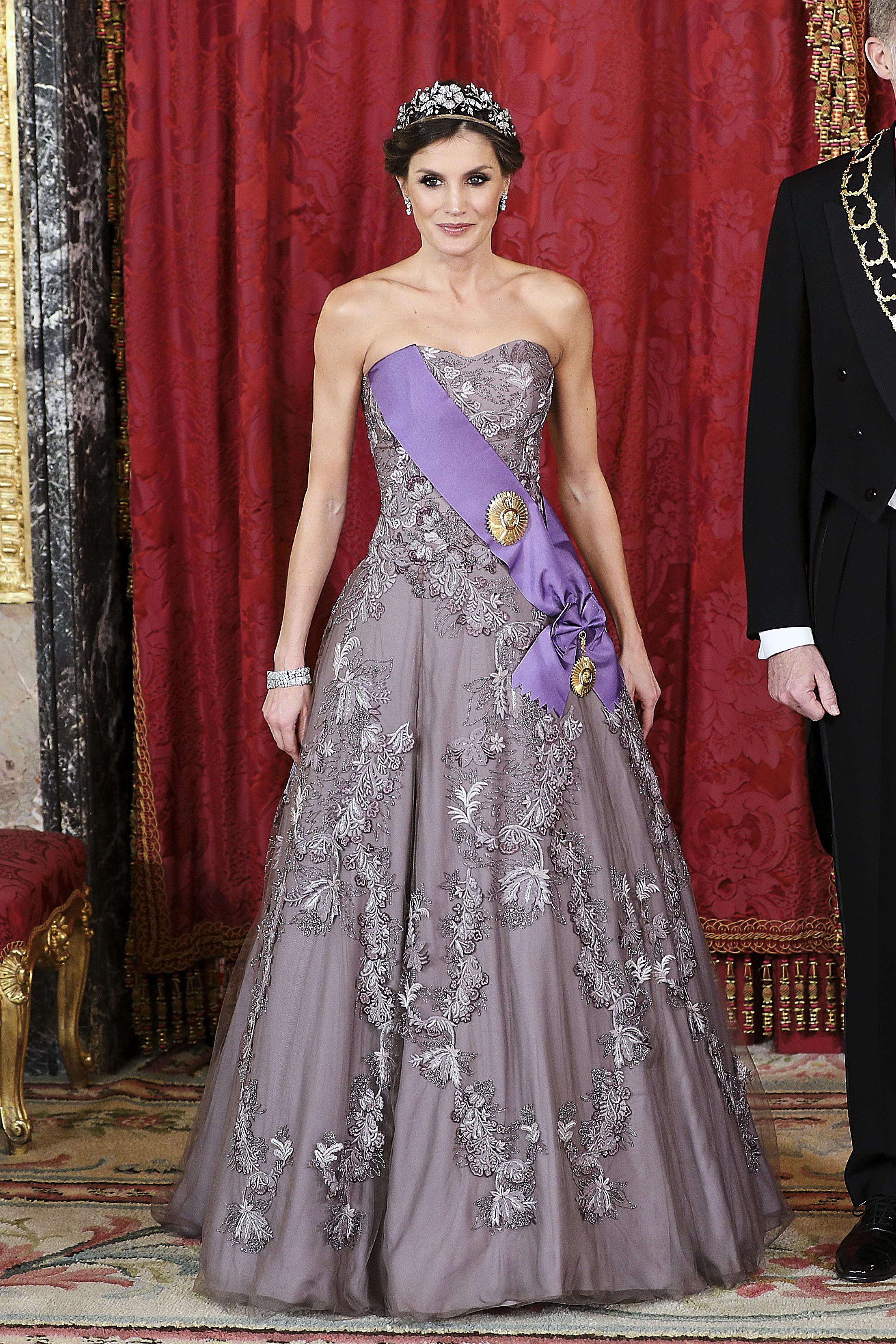 reina Letizia, look, realeza