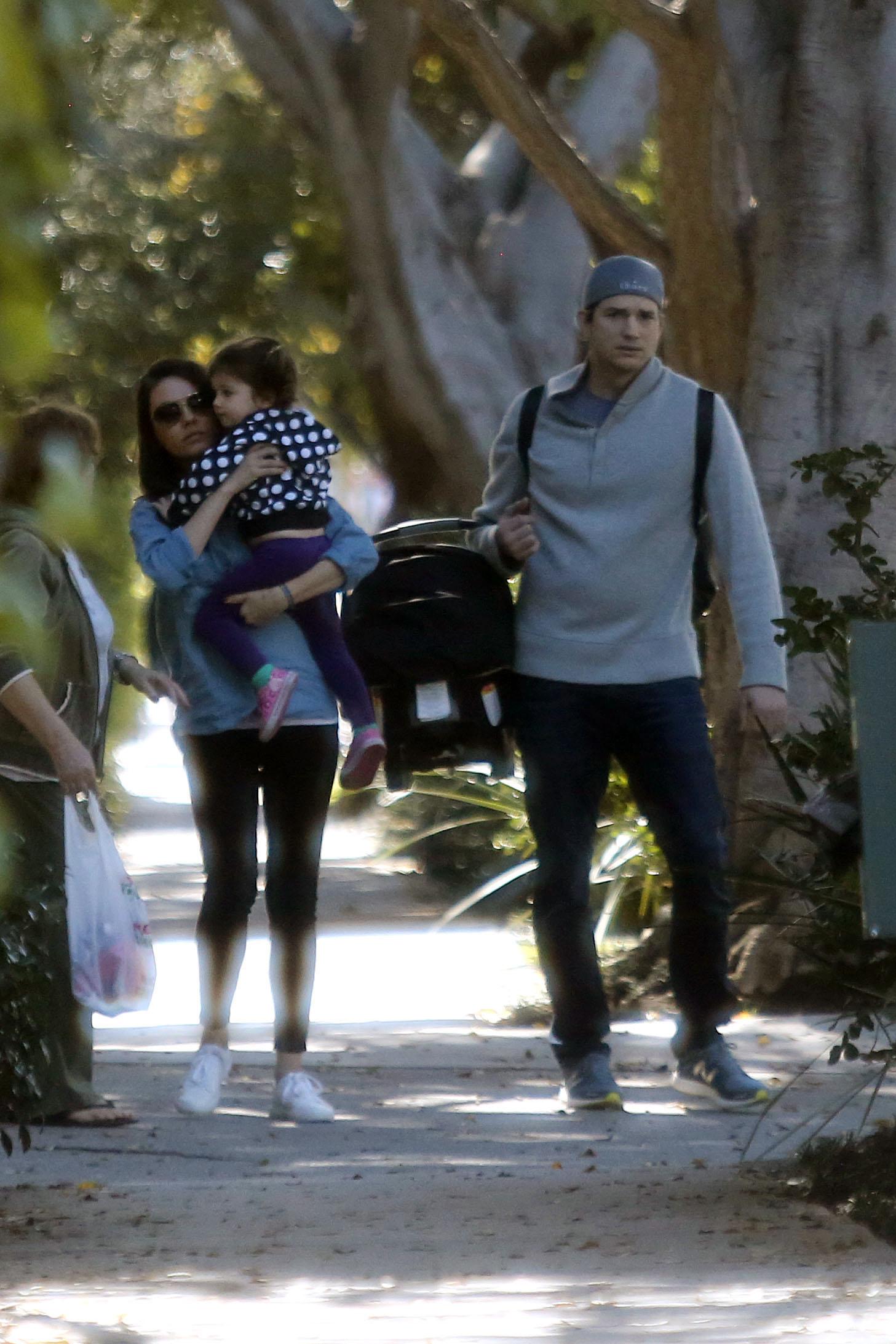 EXCLUSIVE Mila Kunis And Ashton Kutcher Enjoy A Full Family Day Out