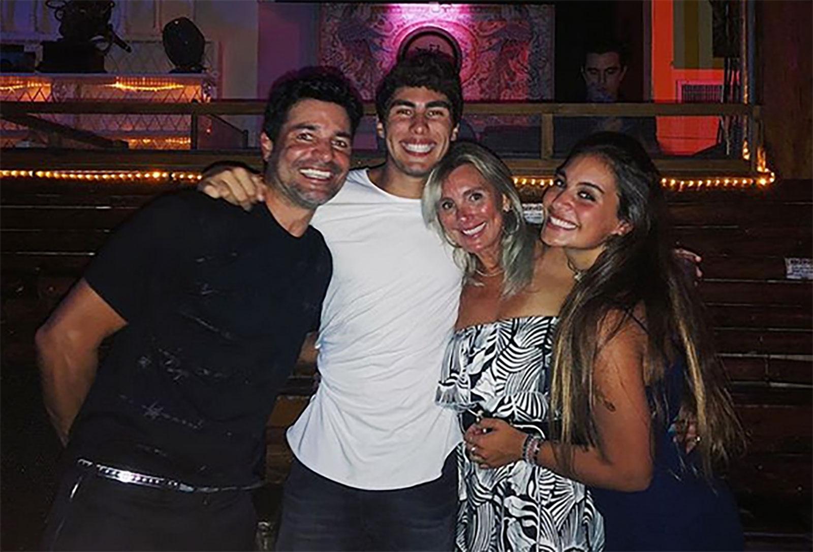 Chayanne y su familia