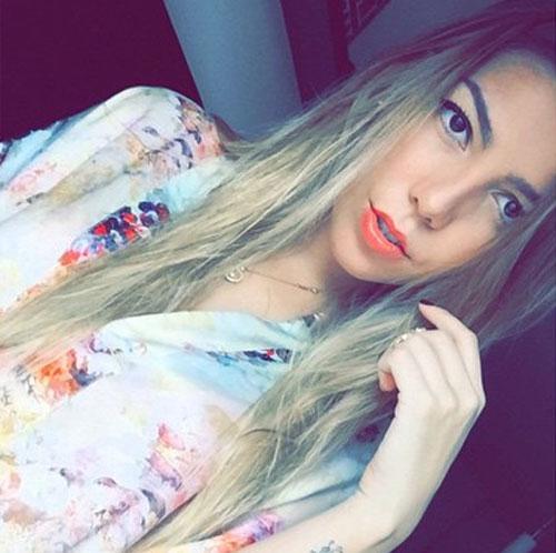 Frida Sofía, Instagram