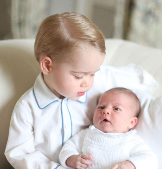 príncipe George, princesa Charlotte