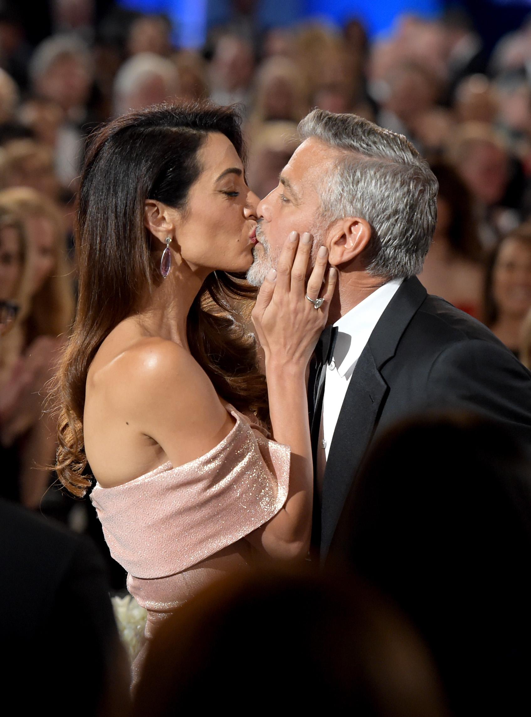 George Clooney con Amal Clooney