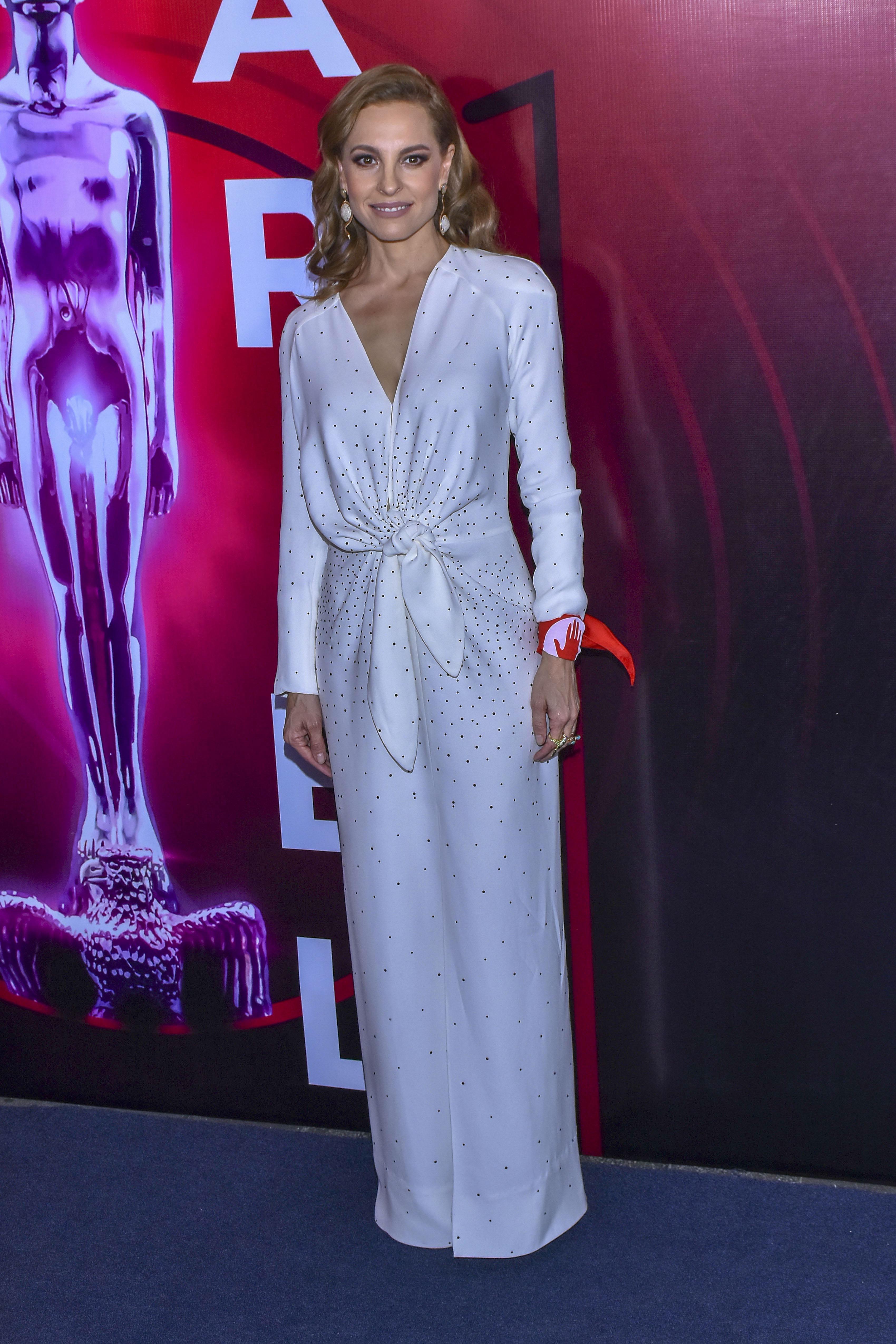 Marina de tavira, premios ariel, vestido, look
